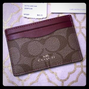 NWT Coach Signature Card Case